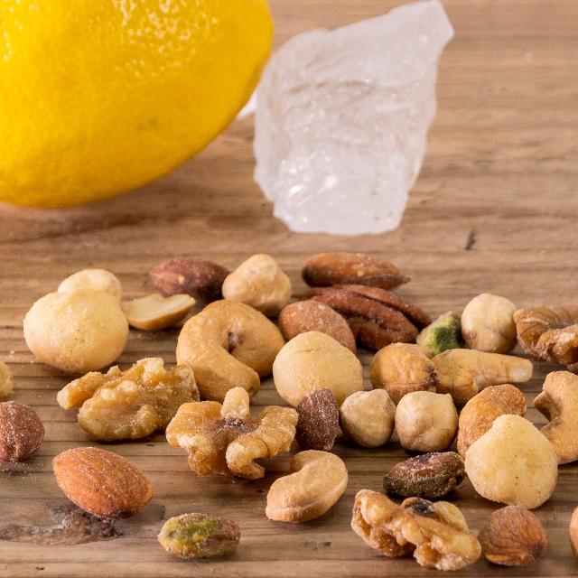ミックスナッツ ちょっぴり塩レモン味サムネイル06