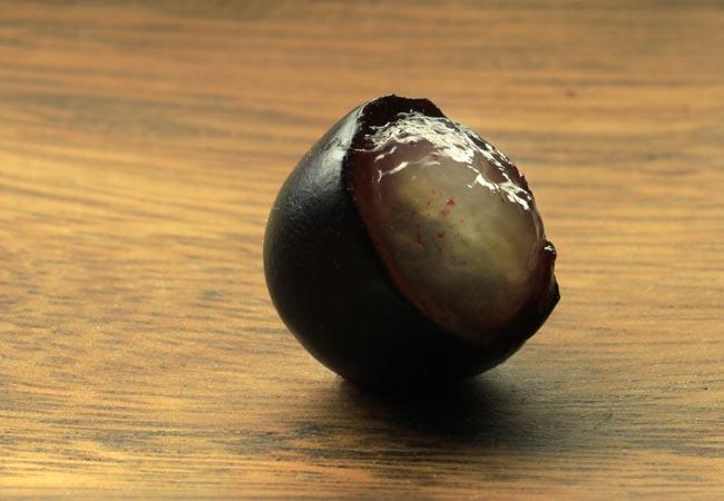 みずみずしい果実のイメージ